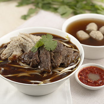 Hong_Mixed Beef Noodle