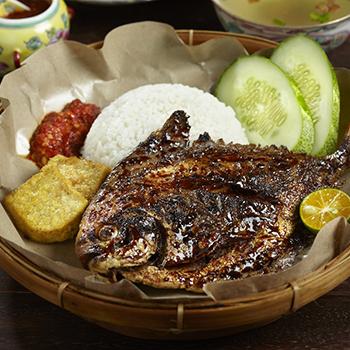 P&BBQ_Bawal Bakar Set (Grilled Pomfret Fish)